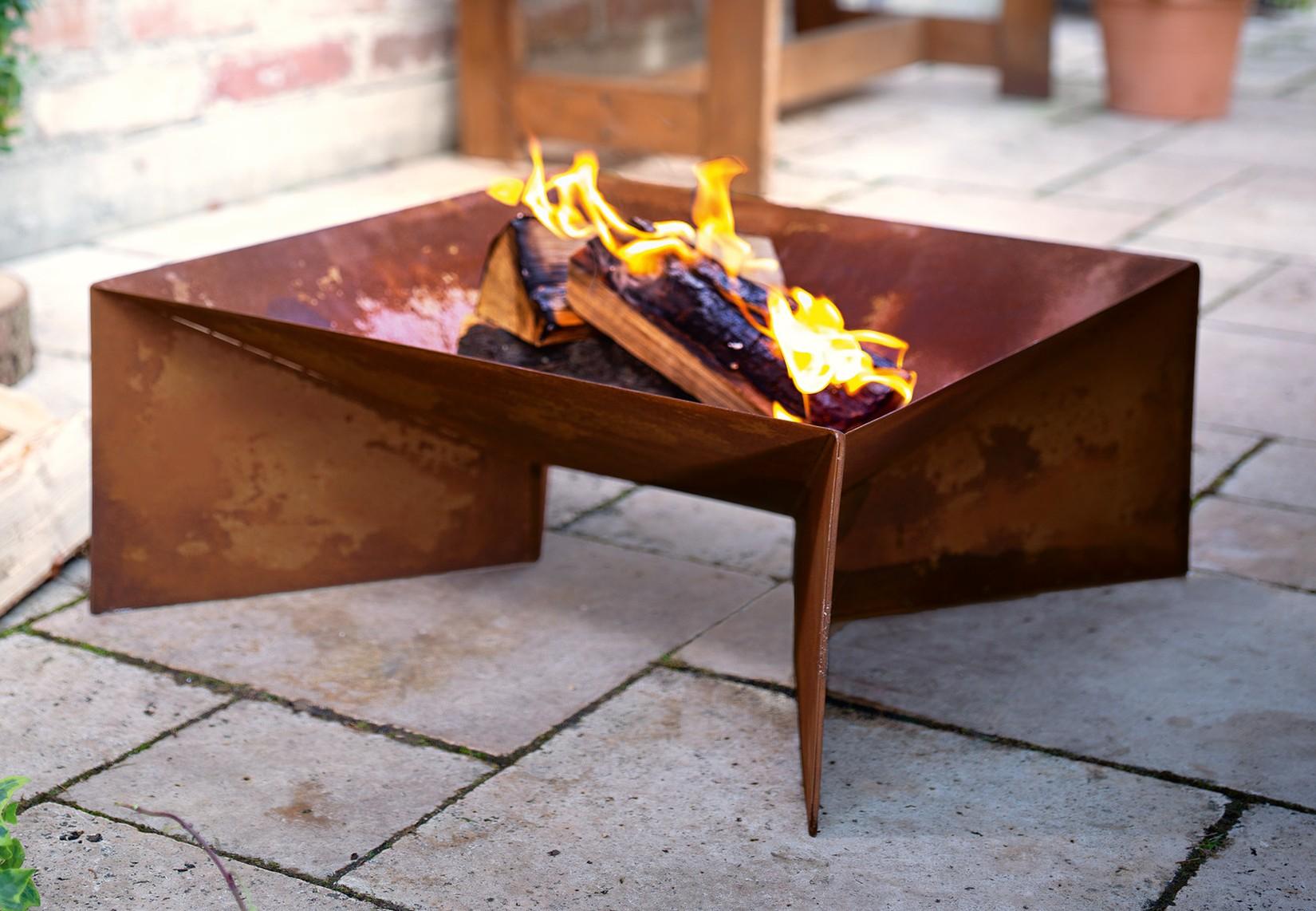 Metall Feuerschale Im Rost Design Garten Grill Terrasse Kamin Lager Feuer Stelle Ebay